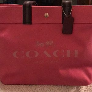 🌹🌹NWT - Coach Denim Extra Large Tote